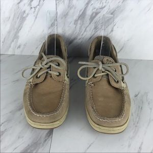 Sperry tan flat boat Oxford shoes
